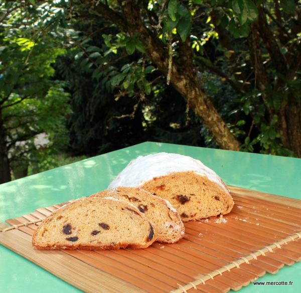 pain de no l et rolls des fours premier test la cuisine de mercotte macarons verrines. Black Bedroom Furniture Sets. Home Design Ideas