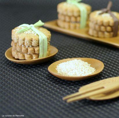 Biscuits au s same et crackers aux algues cuisinons les for La cuisine de clea
