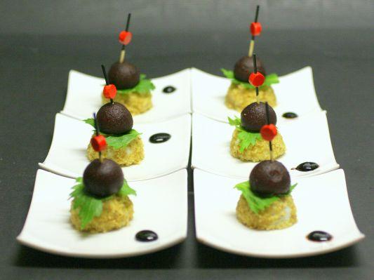 Bouch es poires confites au porto et roquefort aux noix pour un ap ritif la cuisine de - Peut on congeler des poires ...